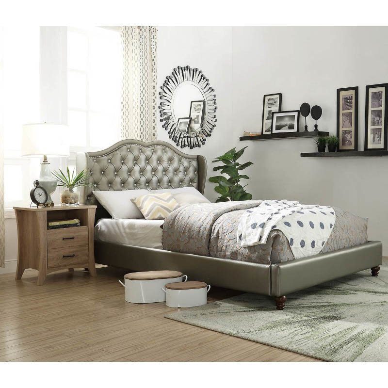 ACME Furniture Piek Queen Bed in Silver Faux Leather (26510Q)