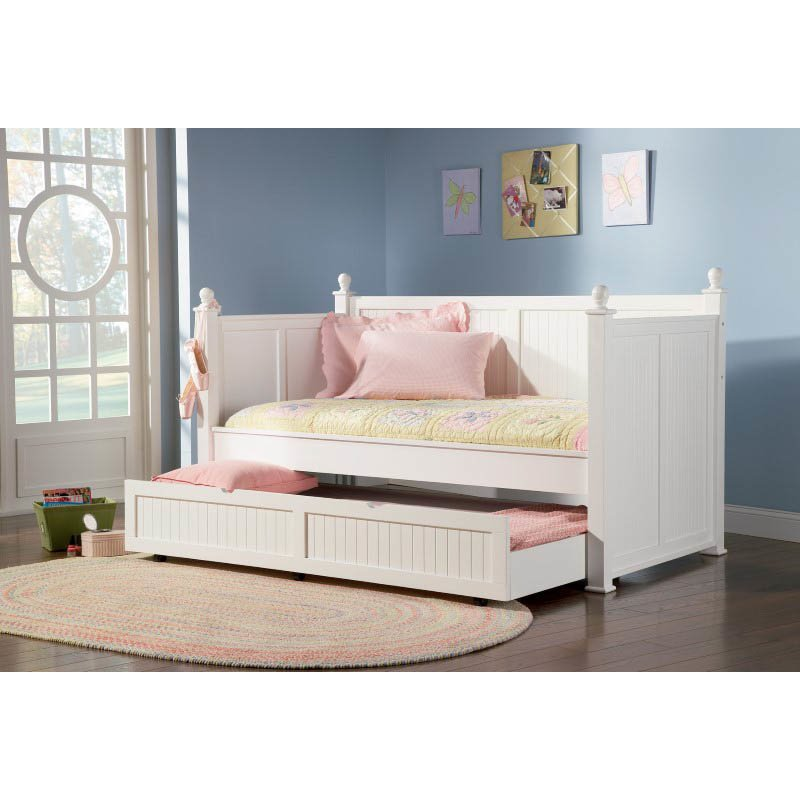 Coaster Wood Daybeds With Trundle in White Finish
