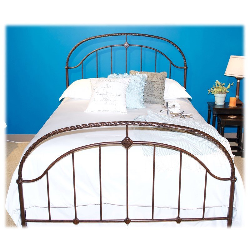Fashion Bed Group Cascade Complete Bed with Metal Duo Panels and Twisted-Rope Rail - Ancient Gold Finish - California King