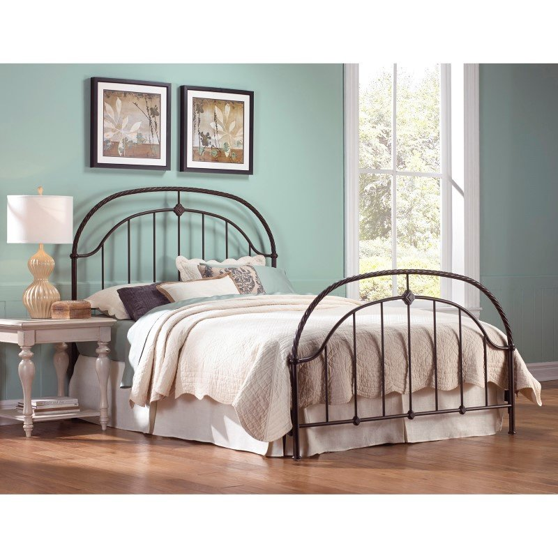 Fashion Bed Group Cascade Complete Bed with Metal Duo Panels and Twisted-Rope Rail - Ancient Gold Finish - Queen