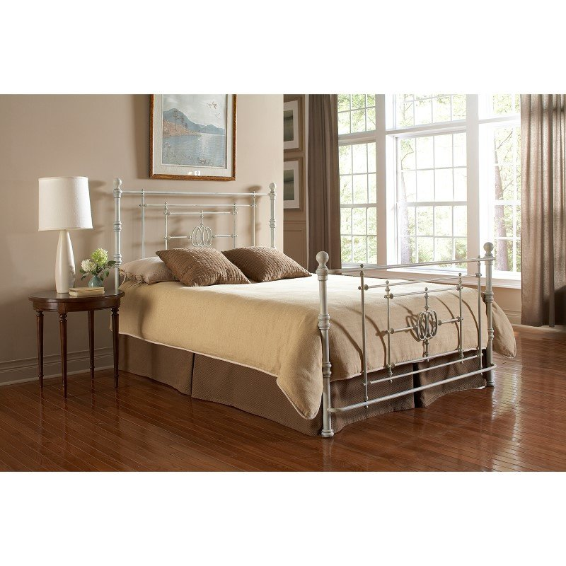 Fashion Bed Group Lafayette Complete Bed with Metal Duo Panels and Traditional Grill Castings - Distressed White Finish - Queen