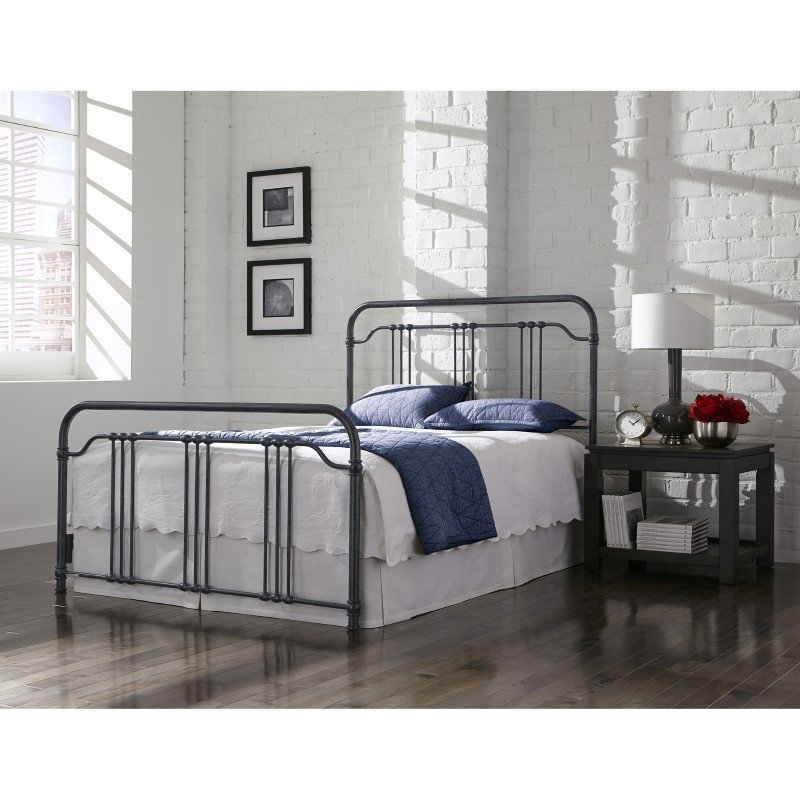 Fashion Bed Group Wellesly Complete Bed with Metal Spindled Grills and Rounded Corners - Marbled Navy Finish - California King