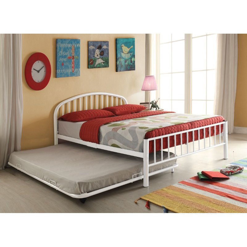 HomeRoots Furniture Cailyn Twin Bed in White (285305)