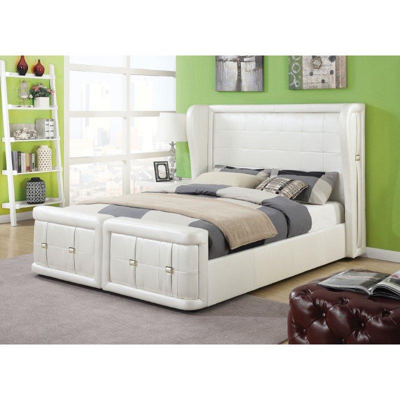 HomeRoots Furniture King Bed, Pearl White PU - PU, CA Foam (TB117) (285565)