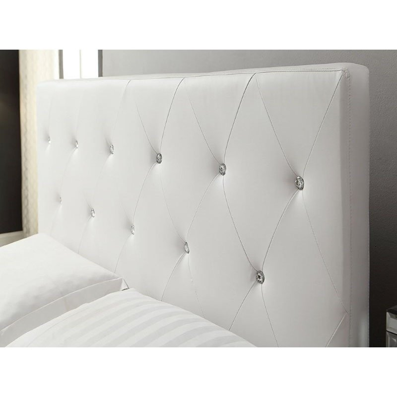 HomeRoots Furniture Modern Tufted Bed with Upholstered Headboard (289353)