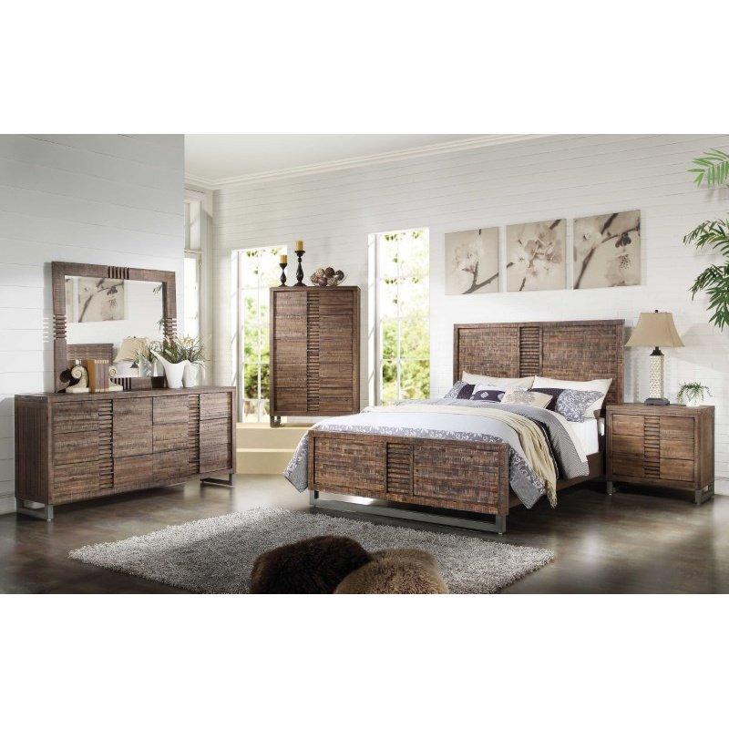 HomeRoots Furniture Queen Bed in Reclaimed Oak - Wood (285868)
