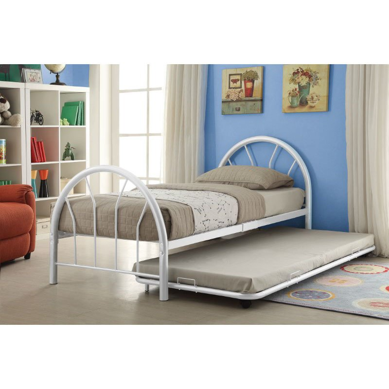 HomeRoots Furniture Silhouette Twin Bed in White (286591)