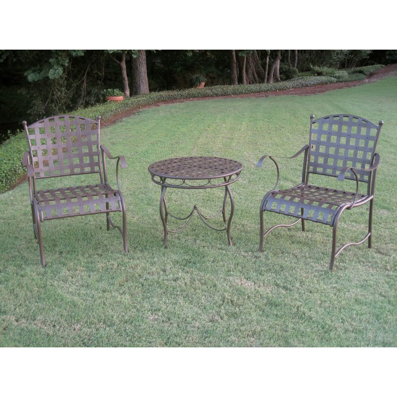 International Caravan 3-Piece Santa Fe Iron Nailhead Bistro Set in Rustic Brown