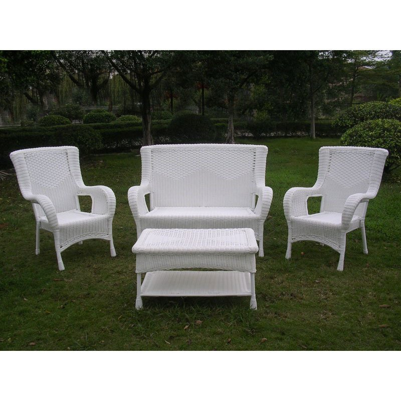 International Caravan San Tropez 4-Piece Outdoor Seating Set in White