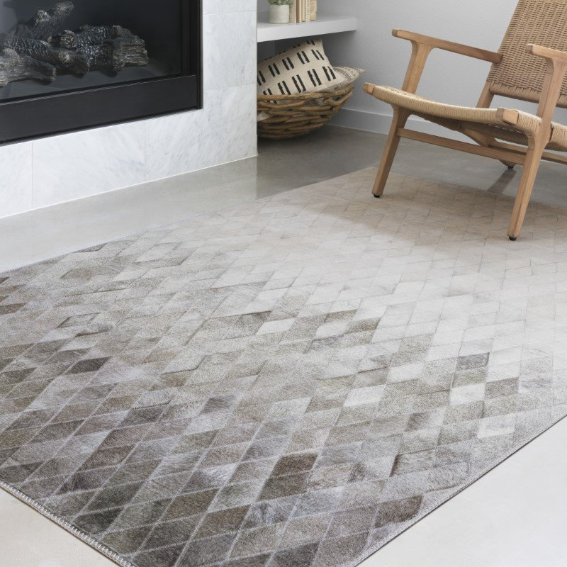 """Loloi II Maddox MAD-04 Contemporary Power Loomed 5' x 7' 6"""" Rectangle Rug in Sand and Taupe (MADDMAD-04SATA5076)"""