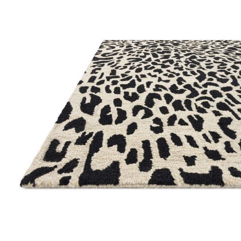 "Loloi Masai MAS-02 Contemporary Hooked 2' 6"" x 7' 6"" Runner Rug in Black and Ivory (MASAMAS-02BLIV2676)"