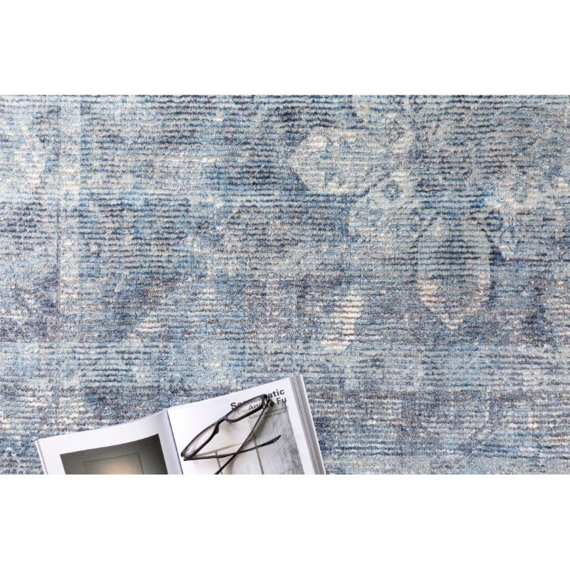 """Loloi Rumi RUM-02 Traditional 3' 6"""" x 5' 6"""" Rectangle Rug in Blue (RUMIRUM-02BB003656)"""