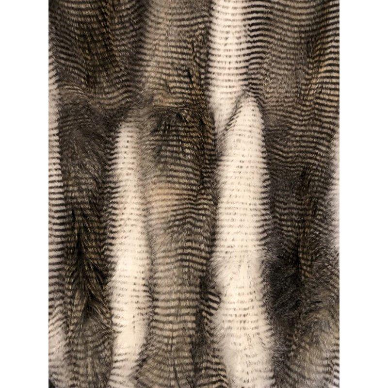 """Plutus Brands Alaskan Hawk Handmade Luxury Throw 60""""W x 90""""L (PBSF1408-6090-TC)"""