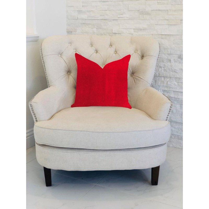 "Plutus Brands Amber Rose Luxury Throw Pillow in Red Pillows 18"" x 18"" (PBRA1381-1818-DP)"