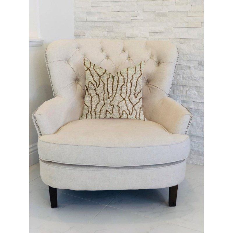 "Plutus Brands Buttercup Harlow Luxury Throw Pillow 18"" x 18"" (PBRA1326-1818-DP)"
