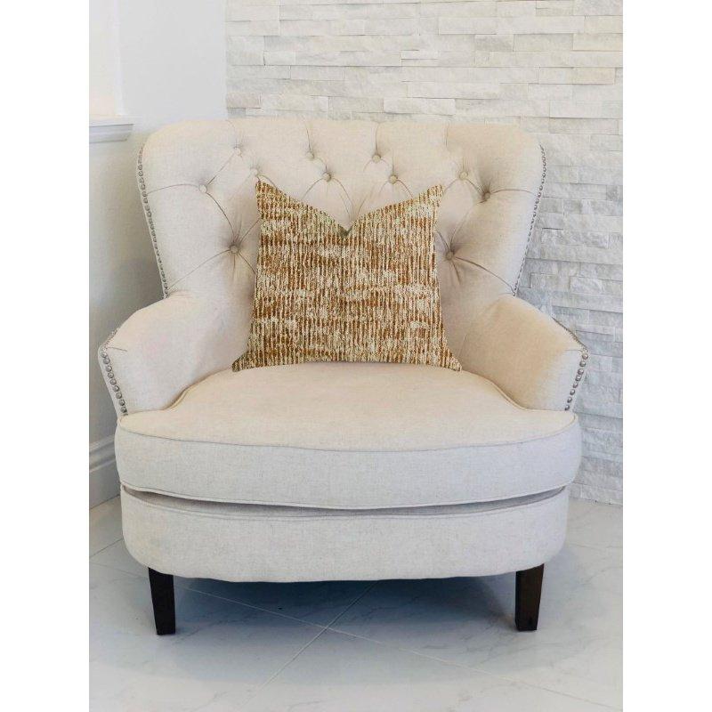 "Plutus Brands Ebony Russet Textured Luxury Throw Pillow 22"" x 22"" (PBRA1328-2222-DP)"