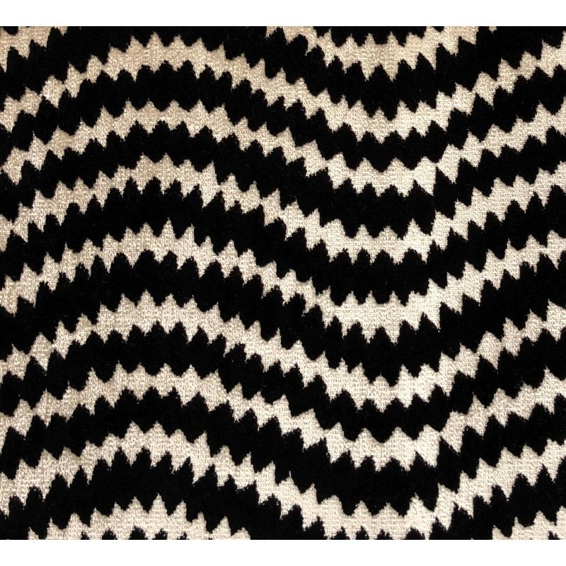 """Plutus Brands Jagged Fringe Luxury Throw Pillow in Black and Beige Pillows 22"""" x 22"""" (PBRA1377-2222-DP)"""