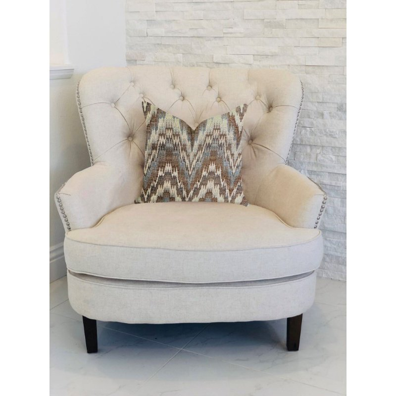 "Plutus Brands Mid Night Oblique Ridge Wave Luxury Throw Pillow 22"" x 22"" (PBRA1337-2222-DP)"