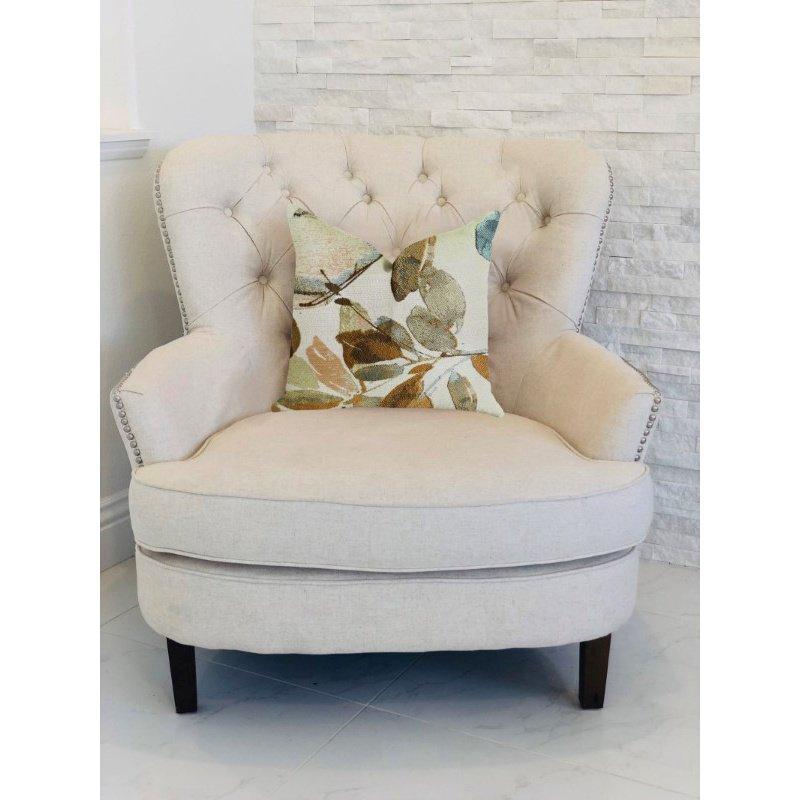 "Plutus Brands Valencia Rouge Luxury Throw Pillow 18"" x 18"" (PBRA1347-1818-DP)"