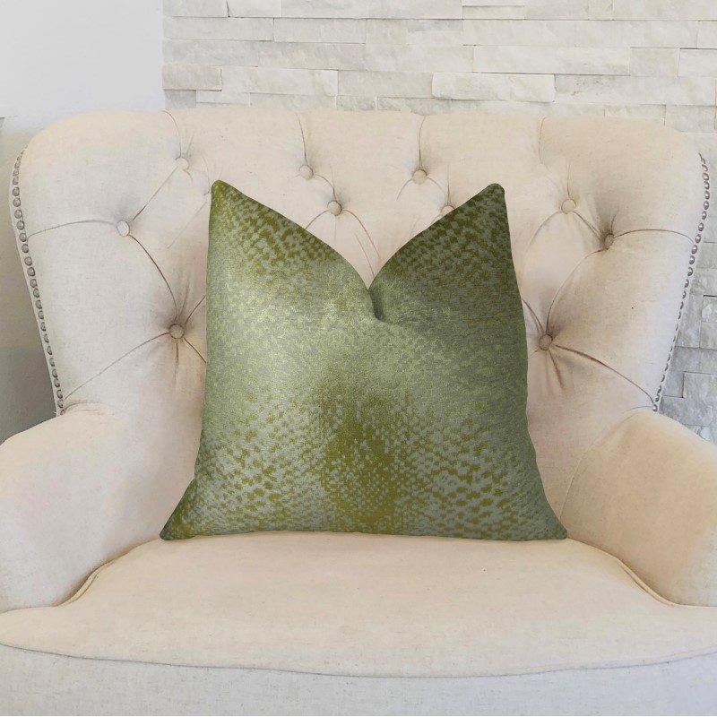 "Plutus Brands Venetian Gold Handmade Luxury Pillow 24"" x 24"" (PBRAZ369-2424-DP)"