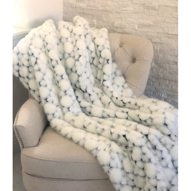 """Plutus Brands White with Black Shades Faux Fur Snow Luxury Throw Blanket 108""""L x 90""""W Full - Queen (PBEZ1663-108x90T)"""
