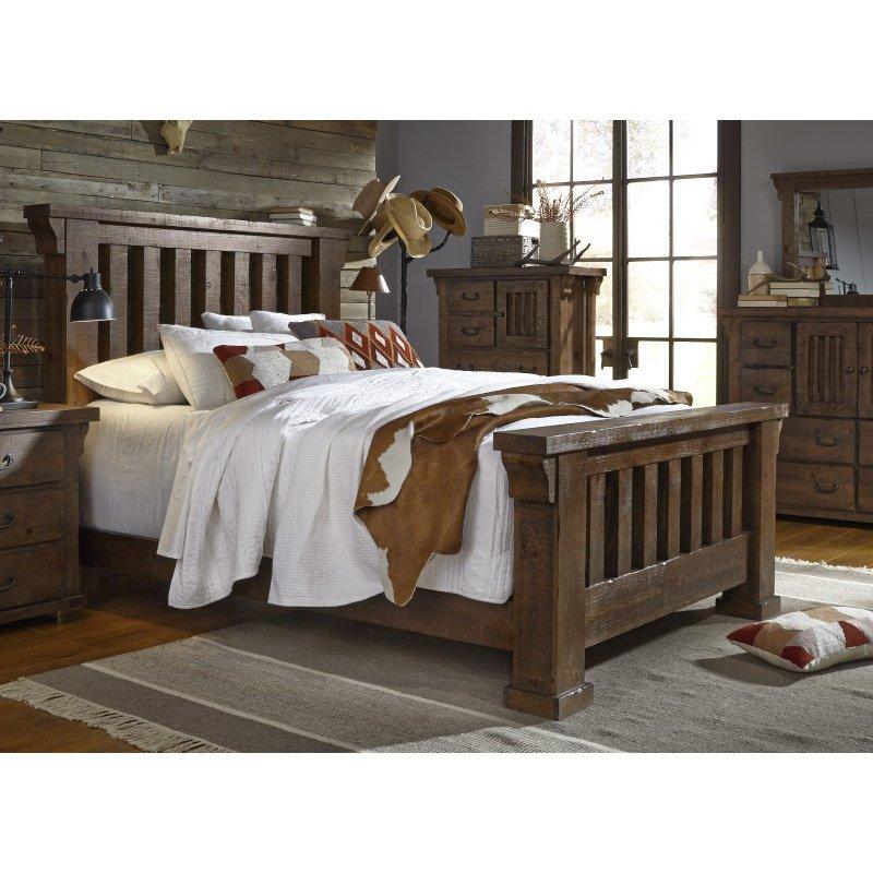 Progressive Furniture Forrester 5/0 Complete Queen Slat Bed in Tobacco (B631-34/35/78)