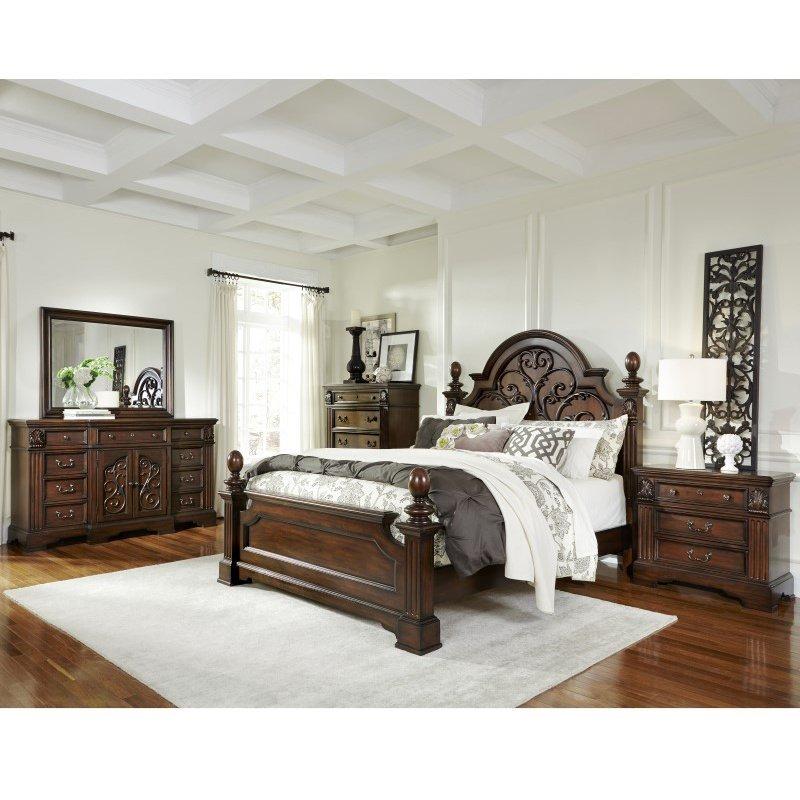 Progressive Furniture Villa Romana Complete Queen Panel Bed in Coffee (B127-36/78/79)